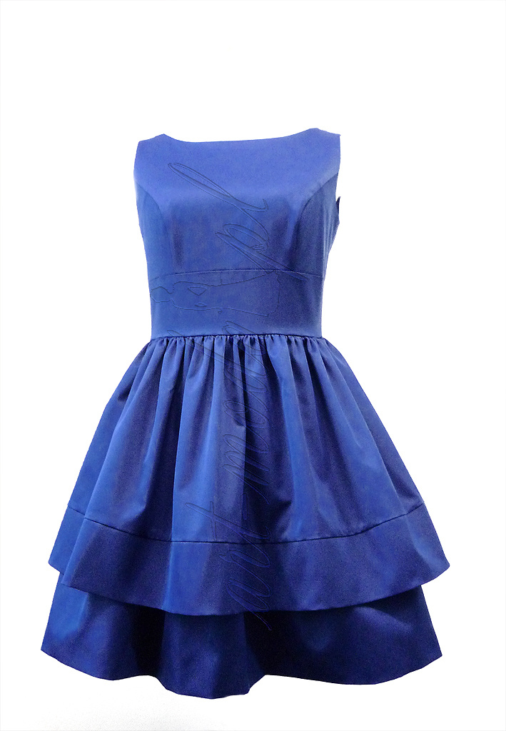 Niebieska sukienka